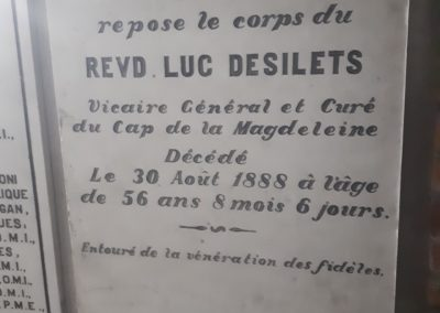 Tombeau abbé Désilets