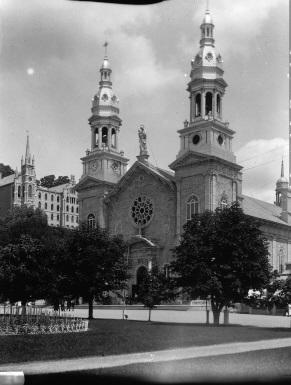 Basilique Ste-Anne-de-Beaupré avant l'incendie de 1922