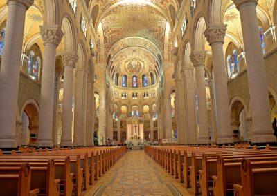 Intérieur du Sanctuaire Sainte-Anne-de-Beaupré
