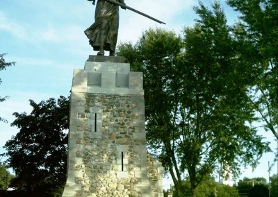 Monument en l'honneur de Madeleine de Verchères, à Verchères, Québec