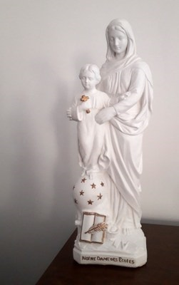 Devotion to Our Lady of the schools Image