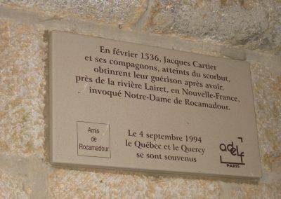 Plaque commémorative dans le sanctuaire de Notre-Dame-de-Rocamadour