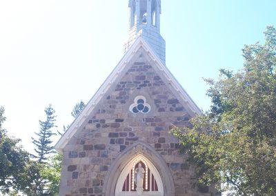 Extérieur du petit sanctuaire de Sainte-Anne à Varennes